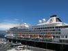 Weer \'thuis\' in Ponta Delgada zien we dit Nederlandse cruiseschip aangemeerd