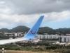 met nog een laatste blik op de Azoren vliegen we de wolken in ...