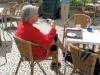 Wij gaan liever koffie drinken op een van die gezellige terrasjes -