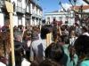 en echt duizenden volgen nu het beeld van Senhor Santo Christo!