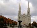 Diezelfde middag gaan we na aankomst in Québec toch nog naar deze kerk,