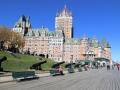 met achter haar Château Frontenac - geen echt kasteel, maar een vier sterren hotel.
