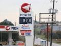 De benzine is hier trouwens maar € 0,67 de liter, dus wij kunnen zondag weer een eind gaan rijden!