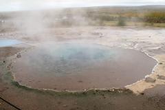 142 Maar het mooist is het geothermisch gebied in dit Haviksdal (de Haukadalur-vallei),