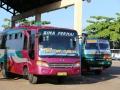 97 We reizen weer verder, nu naar Bima, het hele eiland over