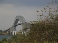 Daar is de grote Panamabrug al,