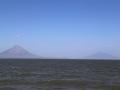 We varen daarmee naar het enige eiland op de wereld met twee vulkanen