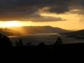 waarna we samen nog genieten van de zonsondergang boven het vulkaanmeer.