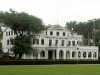 en een prachtig presidentieel paleis