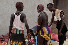 maar àlle kleding is opvallend - zie je deze vrouwen?