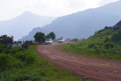 Al rijdend door de Rift Valley wordt het daarna nog erg warm, wel 37 graden,