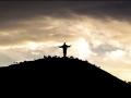 149 's Avonds verlaten we Cochabamba met een nachtbus, en doen dat onder het toeziend oog van deze reusachtige Cristo de la Concordia,