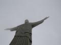 18 maar we zien dat enorme 30 meter hoge beeld uiteindelijk wel opdoemen uit de wolken