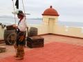 339 en het verleden van La Serena opgerakeld, compleet met een piraat