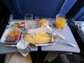 366 Natuurlijk is er een ontbijtje aan boord,